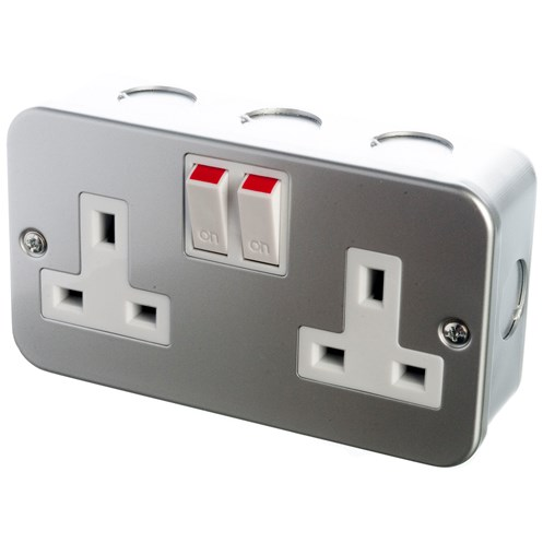 Powermaster  Metal Switched Socket - 13 Amp 2 Gang